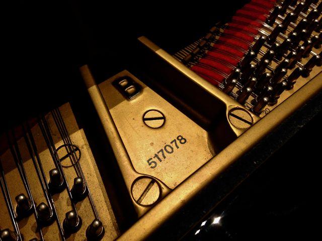 スタインウェイグランドピアノ型番・製造番号2