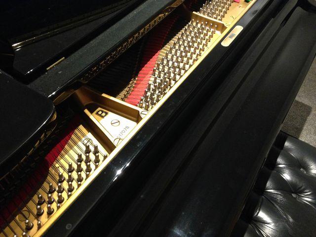 スタインウェイグランドピアノ型番・製造番号1